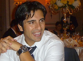 Yashar Ahmadpour of CrowdClock